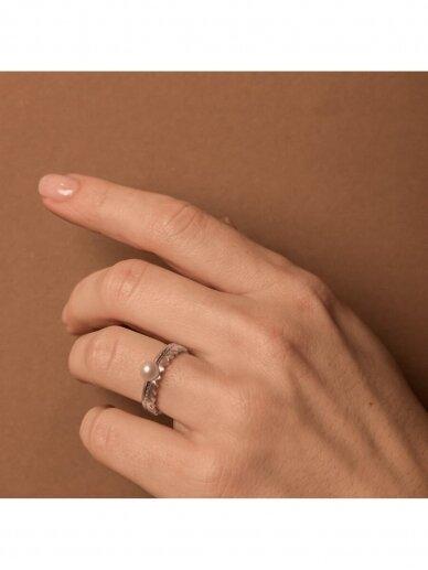 Adele Dagyte žiedas su perliuku 2