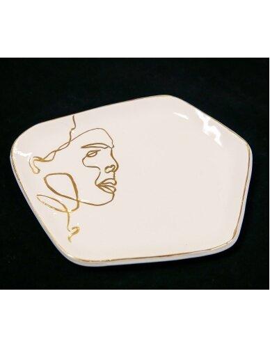 ArtTyzenHauz balta lėkštė šaltam patiekalui su veidu
