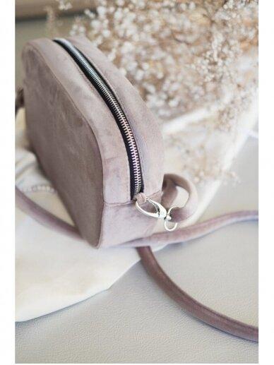 """LaRI Maža minimalistinio stiliaus rankinė """"Laimės žiedlapis"""" 7"""