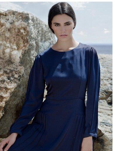 Shopytė šilkinė tamsiai mėlyna suknelė